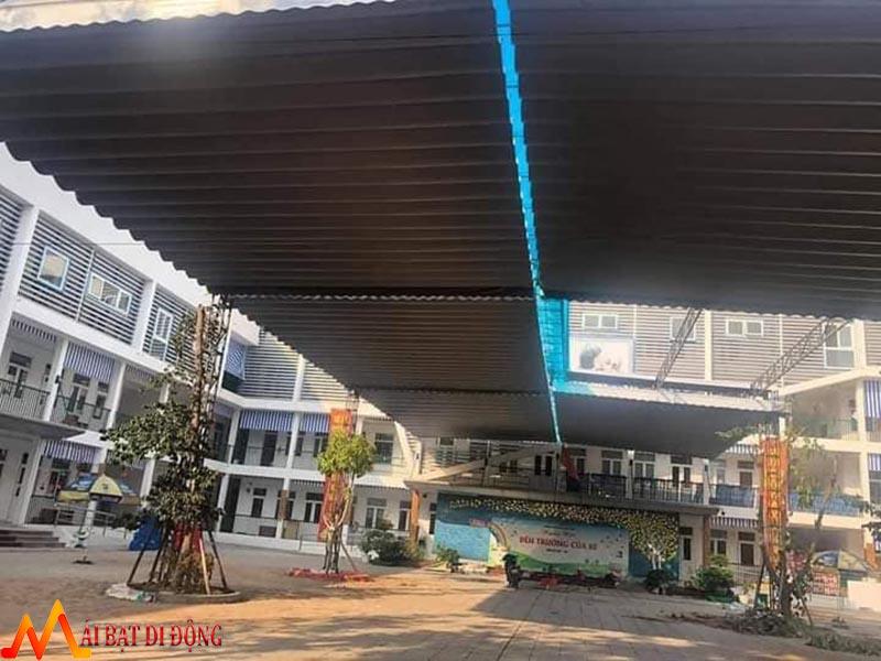 mái xếp lượn sóng cho trường học